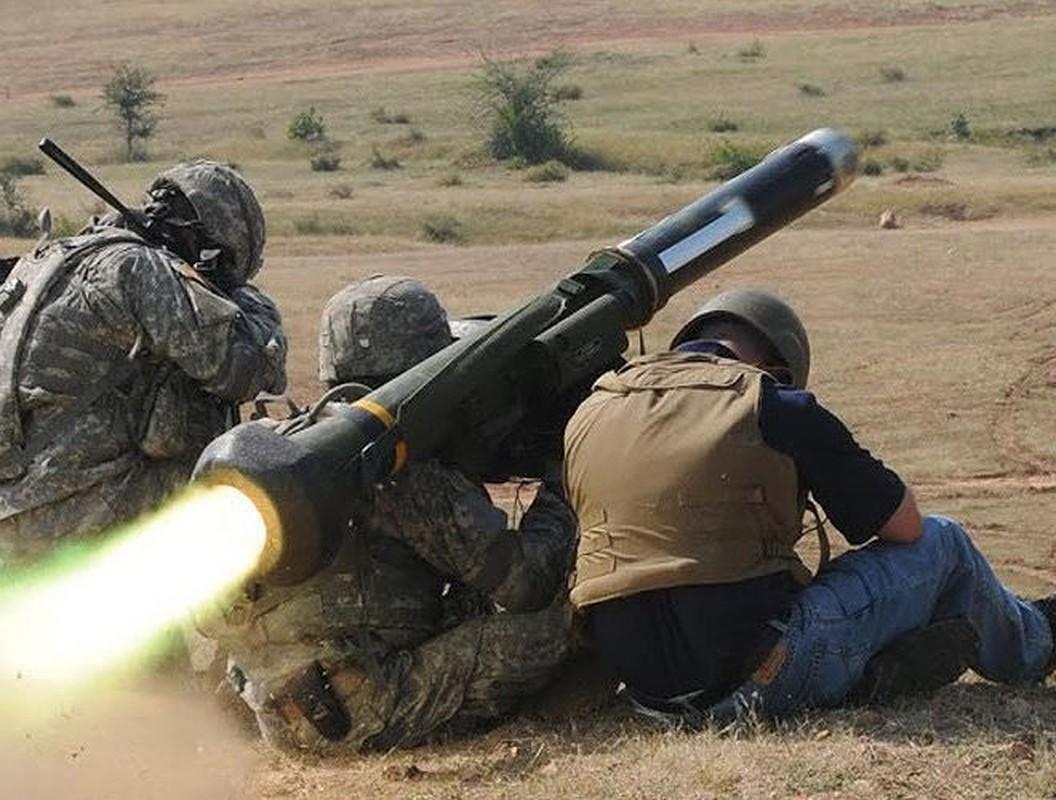 Ukraine mua them lo ten lua chong tang Javelin moi tu My... Nga toat mo hoi hot-Hinh-7