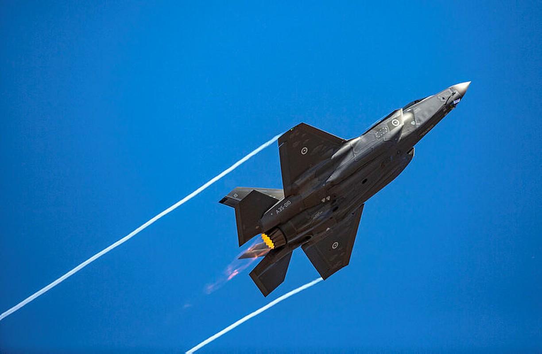 Tiem kich F-35 ha gia ban, cac nuoc Trung Dong xep hang cho mua-Hinh-11