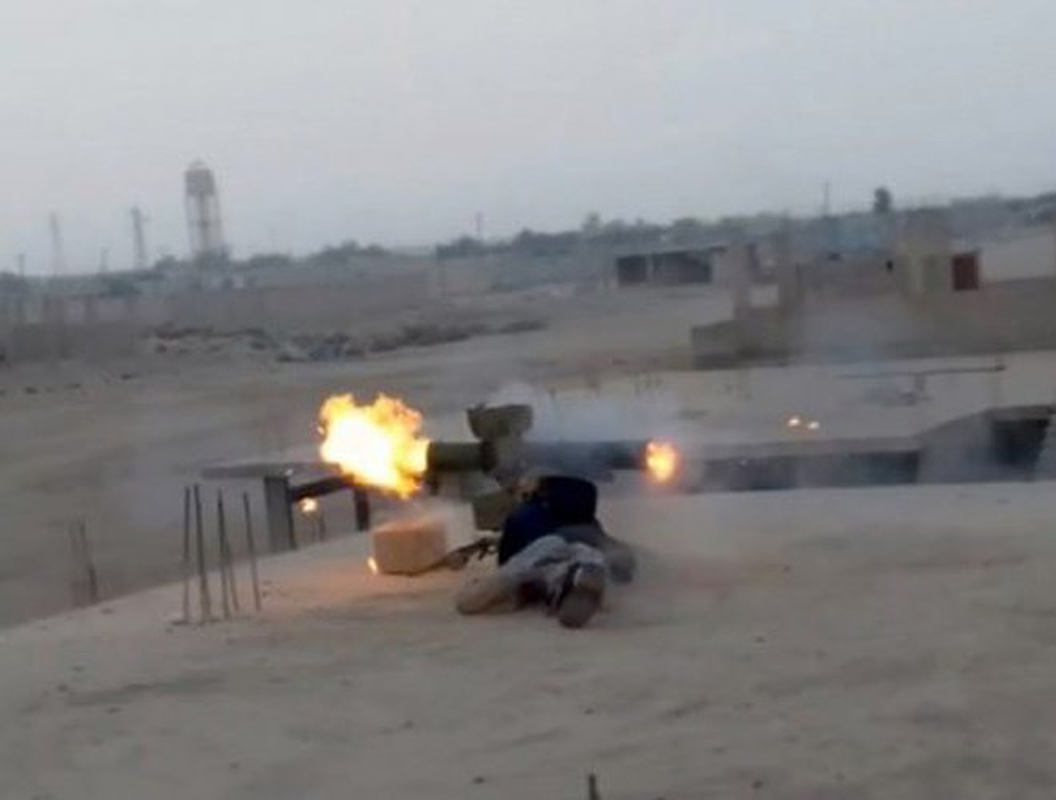 Quan doi Syria de mat ten lua chong tang 9K111 vao tay phien quan-Hinh-16