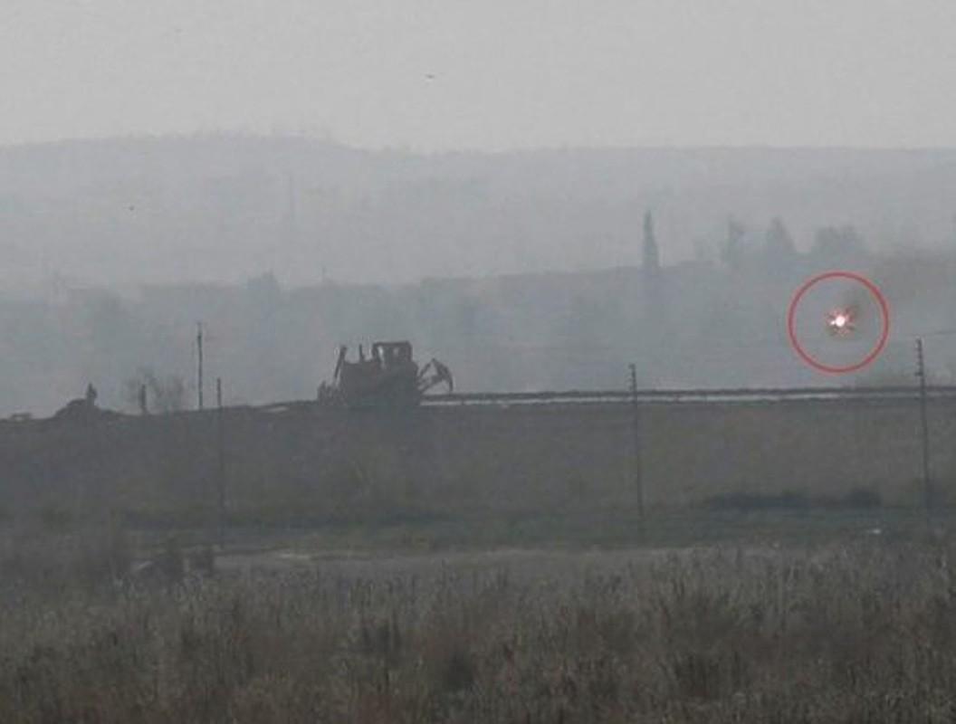 Quan doi Syria de mat ten lua chong tang 9K111 vao tay phien quan-Hinh-8