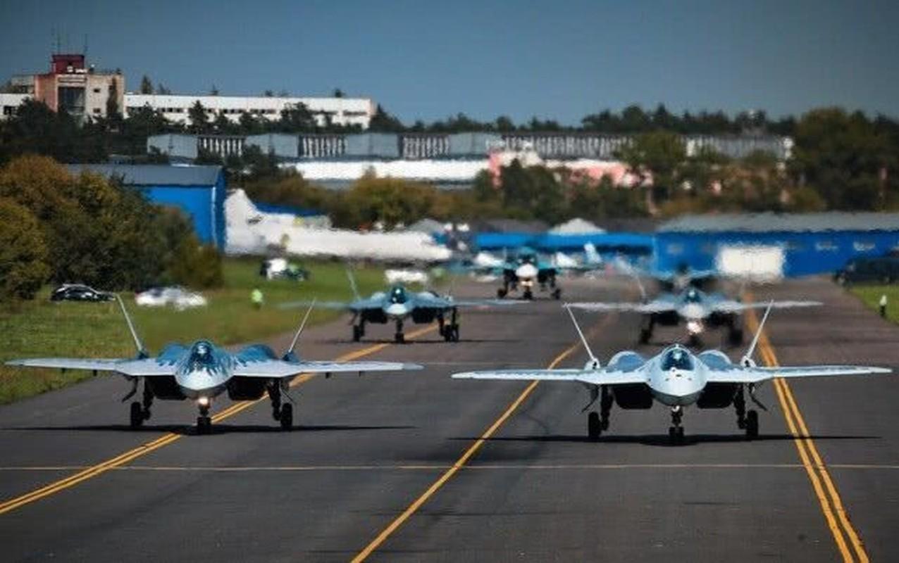 Khong quan Israel nang loi: Tiem kich Su-57 cua Nga chi de... bay bieu dien-Hinh-6