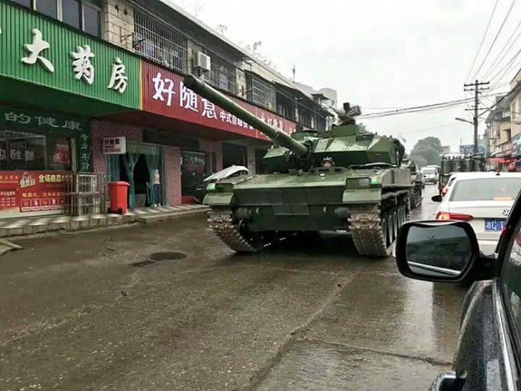 Trung Quoc khoe xe tang hang nhe Type15, ha duoc T-90S An Do tu 2000m?-Hinh-5
