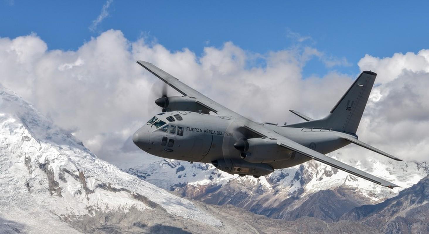 Them mot may bay C-27J Spartan cua My lai bi roi o Iraq-Hinh-12