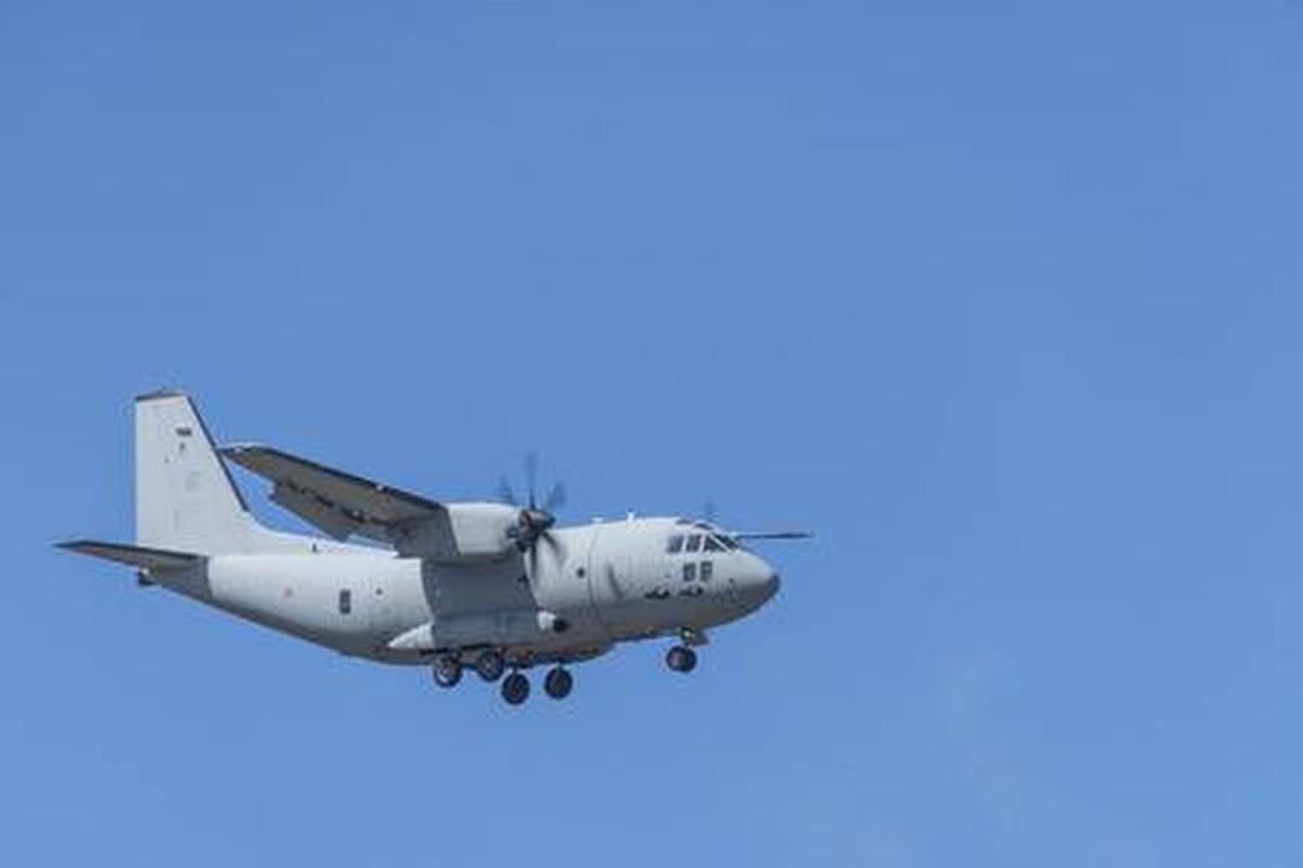 Them mot may bay C-27J Spartan cua My lai bi roi o Iraq-Hinh-3