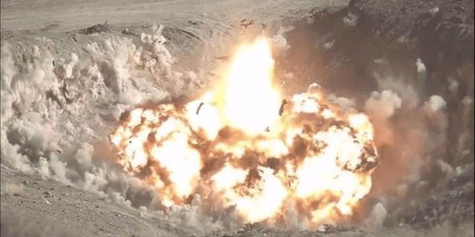 Tho Nhi Ky lien tuc tan cong SAA tai Idlib bang phao tam xa, bom ap nhiet-Hinh-2