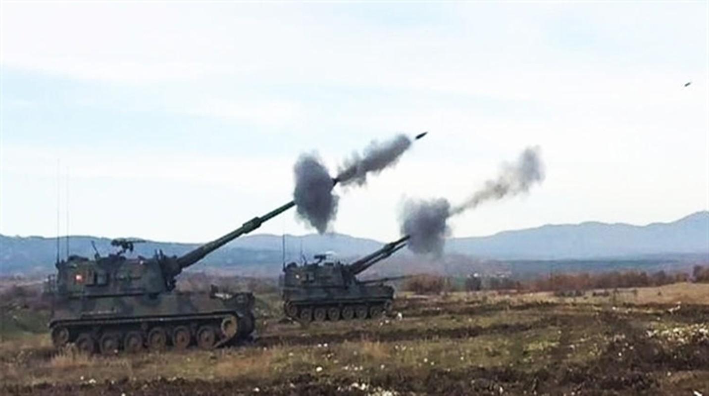 Tho Nhi Ky lien tuc tan cong SAA tai Idlib bang phao tam xa, bom ap nhiet-Hinh-7