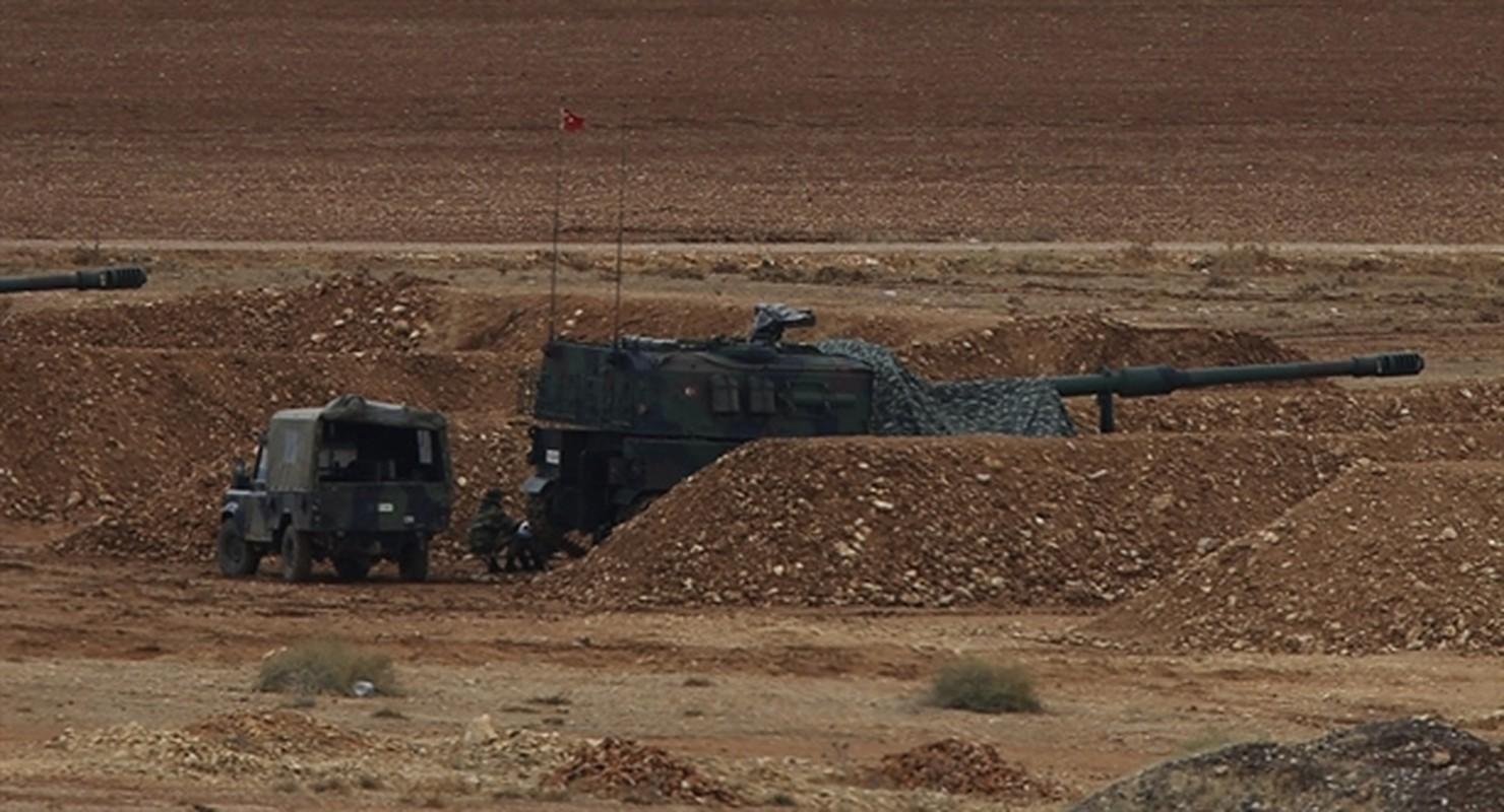 Tho Nhi Ky lien tuc tan cong SAA tai Idlib bang phao tam xa, bom ap nhiet-Hinh-9