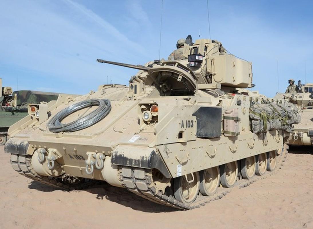 Sau xe tang M1A2 Abrams, My dua tiep xe chien dau M2 Bradley vao chien truong Syria-Hinh-11