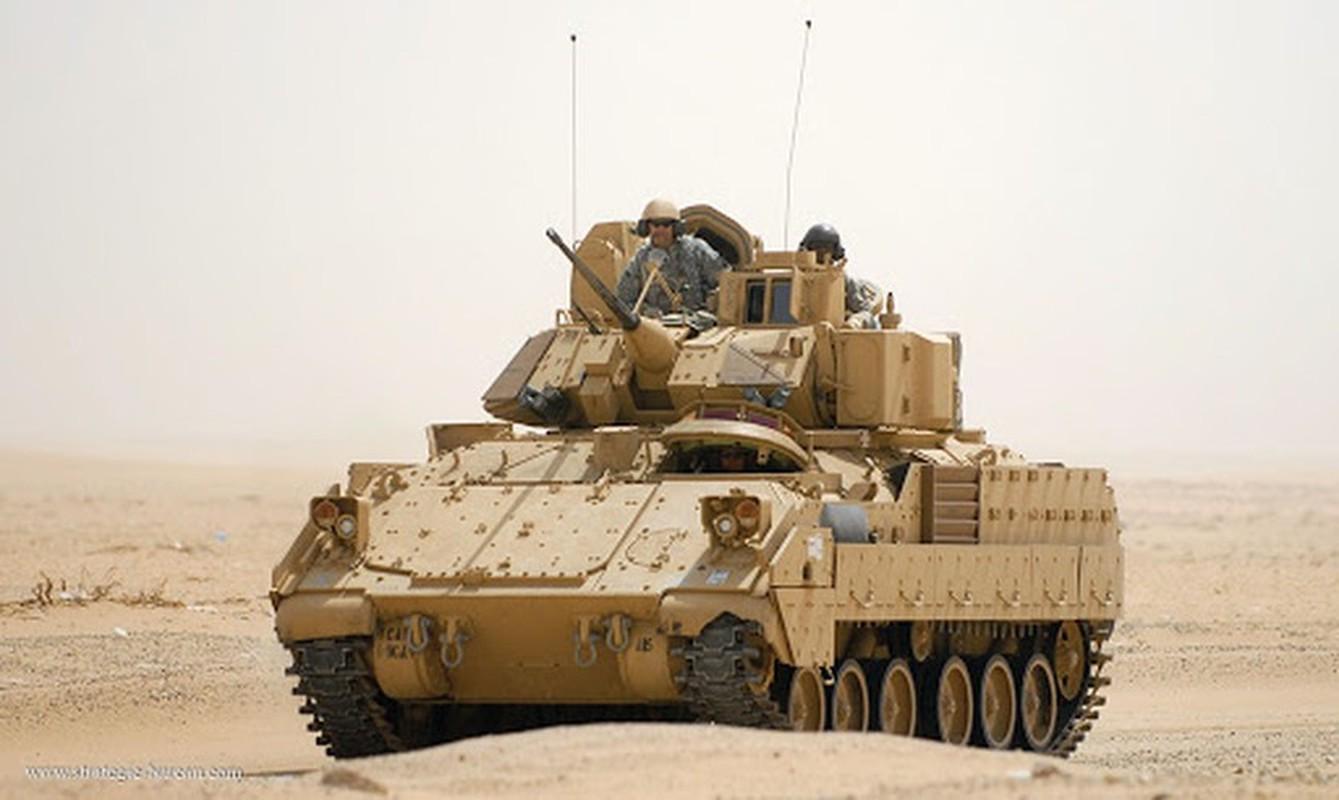 Sau xe tang M1A2 Abrams, My dua tiep xe chien dau M2 Bradley vao chien truong Syria-Hinh-3