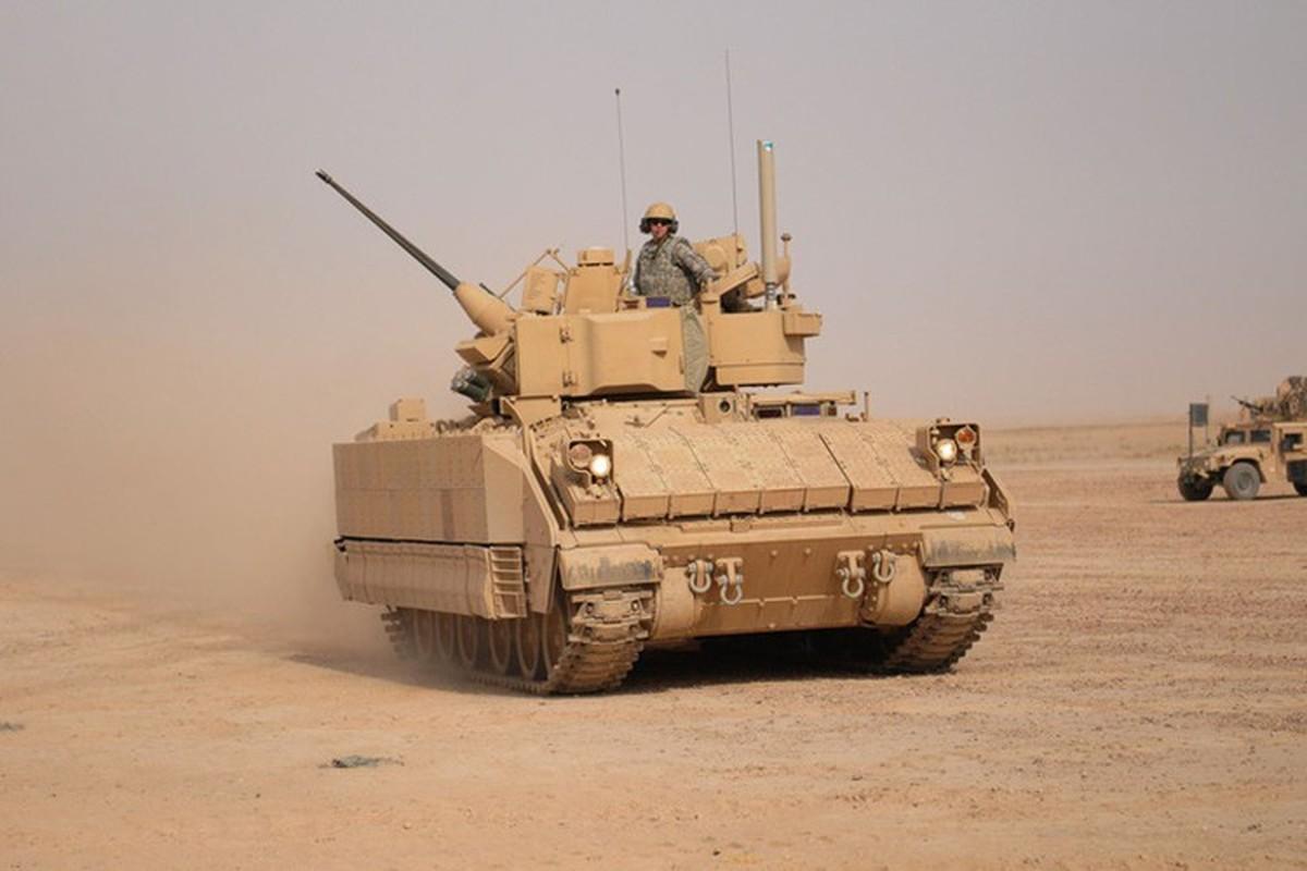 Sau xe tang M1A2 Abrams, My dua tiep xe chien dau M2 Bradley vao chien truong Syria-Hinh-8