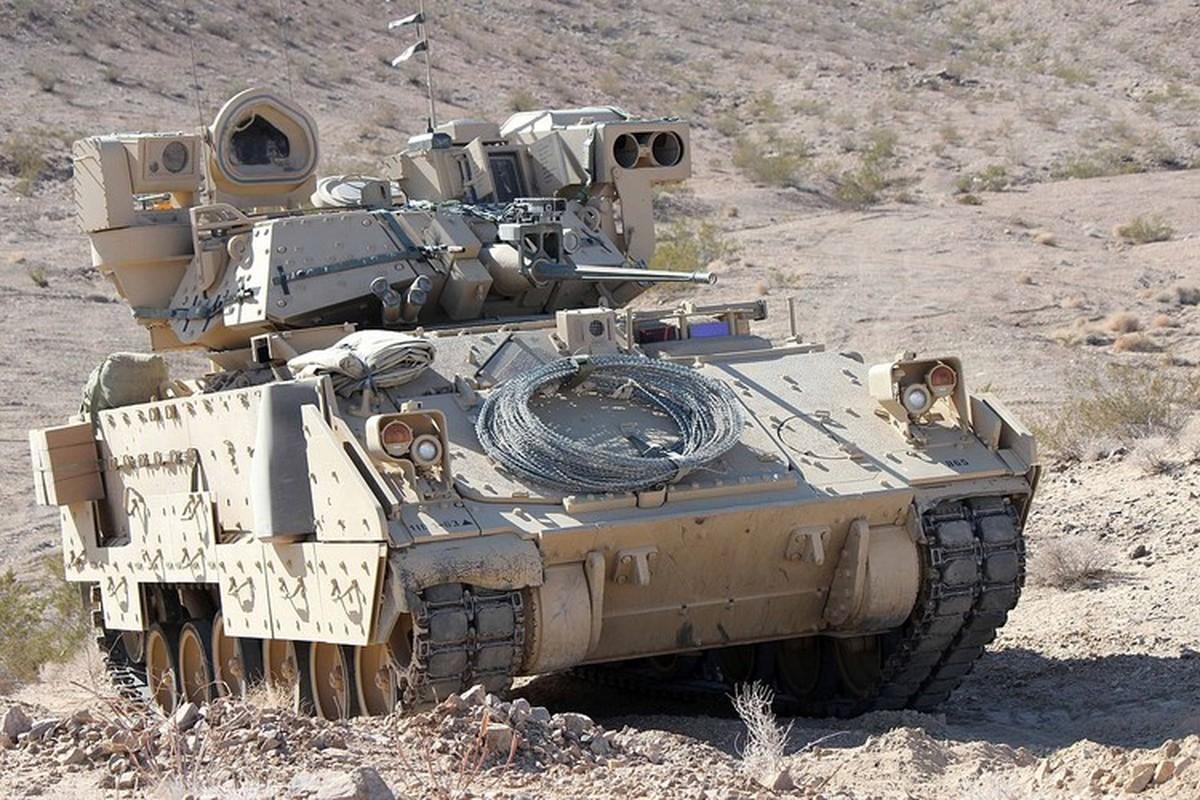 Sau xe tang M1A2 Abrams, My dua tiep xe chien dau M2 Bradley vao chien truong Syria