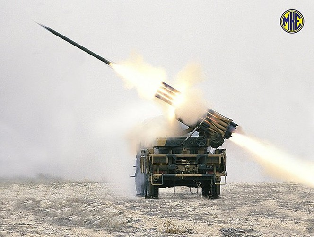 Dap tra hoa luc BM-21 Syria, Tho Nhi Ky se trien khai phao phong loat T-122-Hinh-10