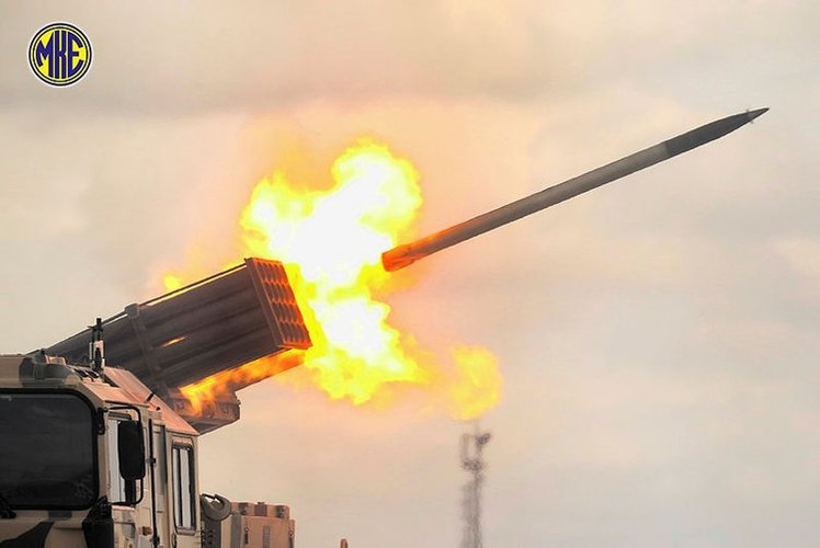 Dap tra hoa luc BM-21 Syria, Tho Nhi Ky se trien khai phao phong loat T-122-Hinh-11