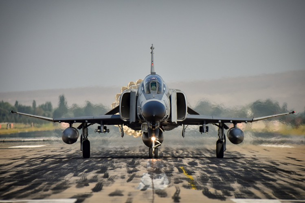 Tho Nhi Ky tinh dung tiem kich F-4E 2020T doi dau khong quan Nga o Syria-Hinh-10
