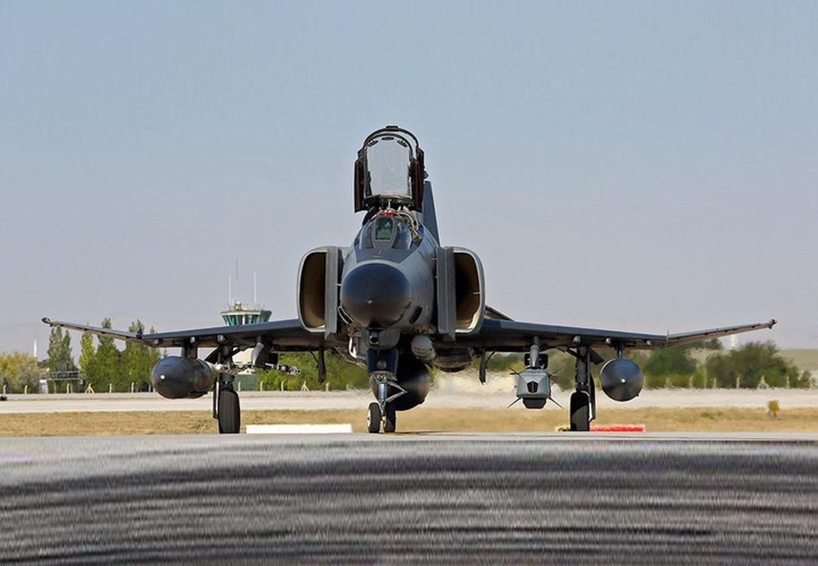 Tho Nhi Ky tinh dung tiem kich F-4E 2020T doi dau khong quan Nga o Syria-Hinh-19