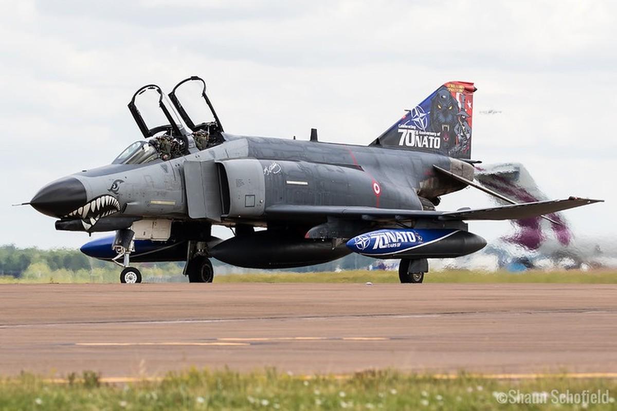 Tho Nhi Ky tinh dung tiem kich F-4E 2020T doi dau khong quan Nga o Syria-Hinh-2