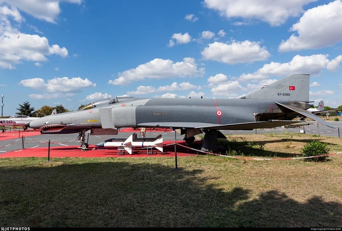 Tho Nhi Ky tinh dung tiem kich F-4E 2020T doi dau khong quan Nga o Syria-Hinh-20