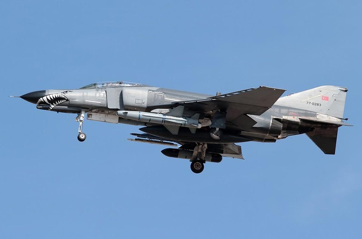 Tho Nhi Ky tinh dung tiem kich F-4E 2020T doi dau khong quan Nga o Syria-Hinh-8