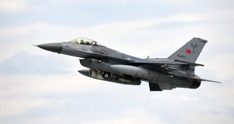 Neu giao tranh, F-16 Tho Nhi Ky co vuot qua duoc S-300 Syria?-Hinh-10