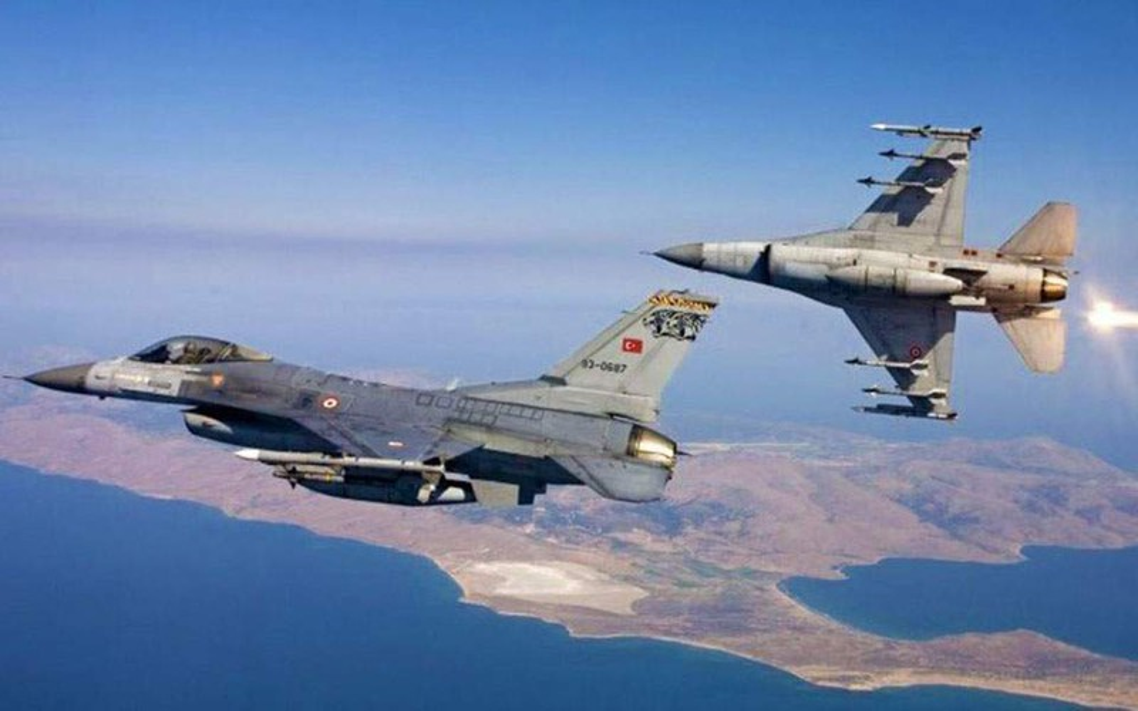 Neu giao tranh, F-16 Tho Nhi Ky co vuot qua duoc S-300 Syria?-Hinh-15