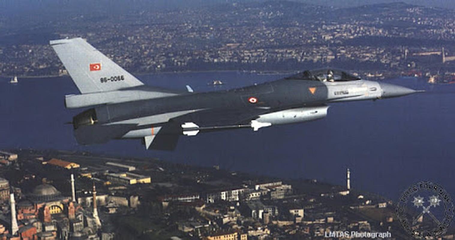 Neu giao tranh, F-16 Tho Nhi Ky co vuot qua duoc S-300 Syria?-Hinh-6
