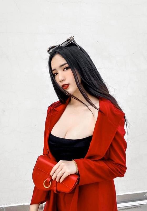 5 nu sinh 17,18 tuoi Viet lai Tay som lam nguoi mau, gu mac truong thanh-Hinh-13
