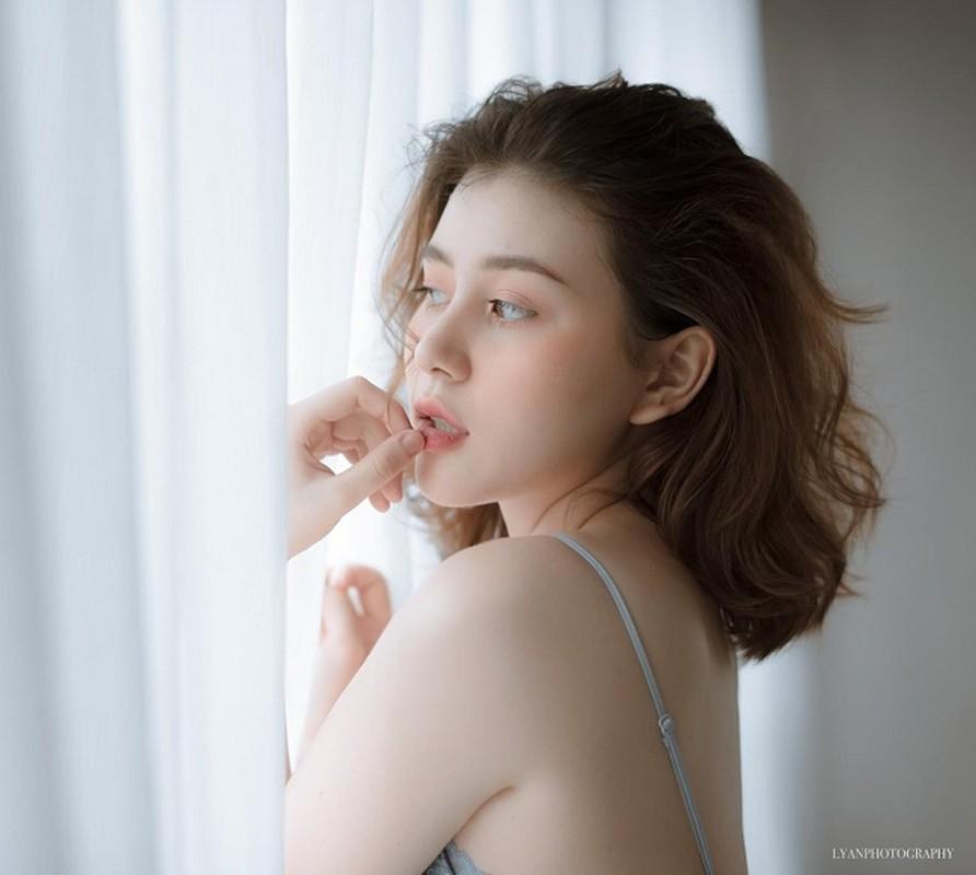 5 nu sinh 17,18 tuoi Viet lai Tay som lam nguoi mau, gu mac truong thanh-Hinh-7