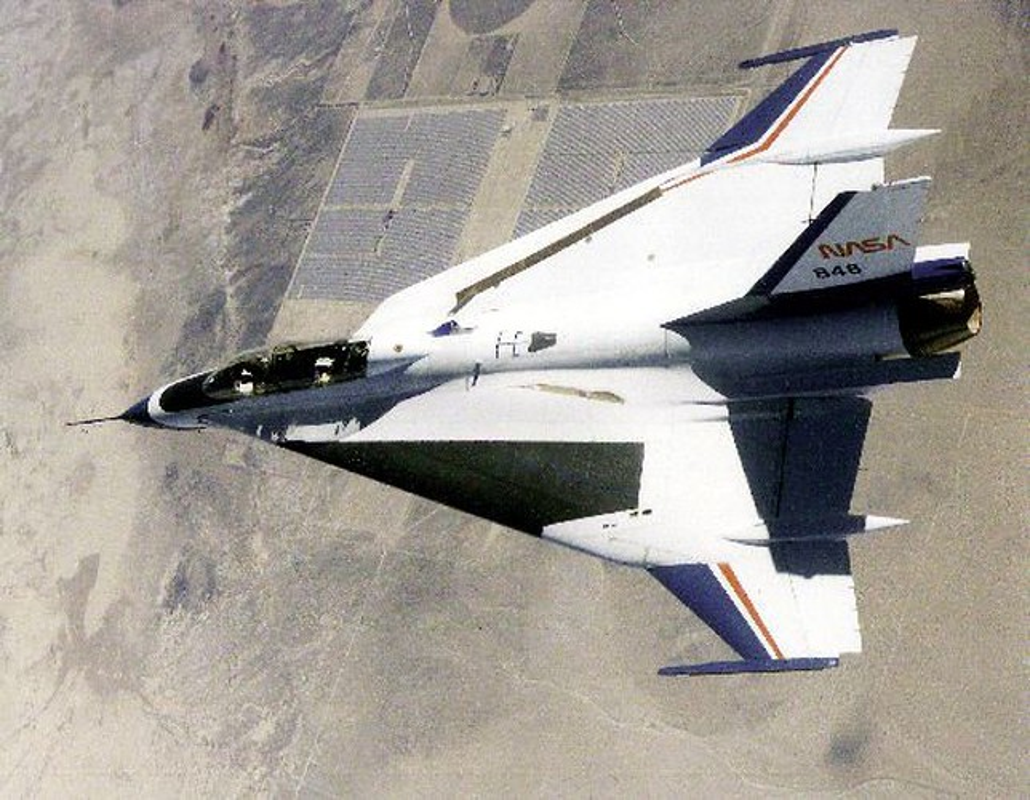 Suc manh bien the dac biet tiem kich F-16 lung danh cua My-Hinh-10