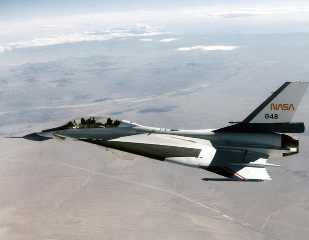 Suc manh bien the dac biet tiem kich F-16 lung danh cua My-Hinh-9