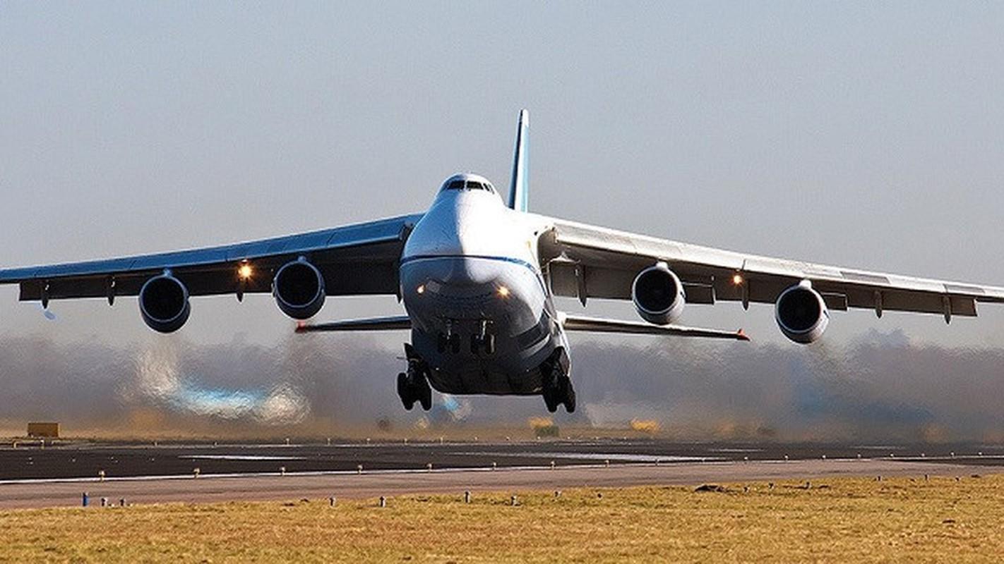 Nga kho khan khi nang cap may bay An-124 do cang thang voi Ukraine-Hinh-11