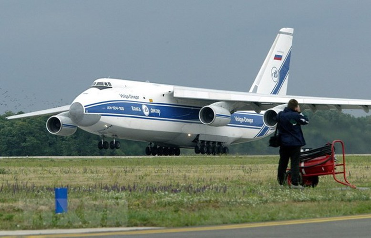 Nga kho khan khi nang cap may bay An-124 do cang thang voi Ukraine-Hinh-14