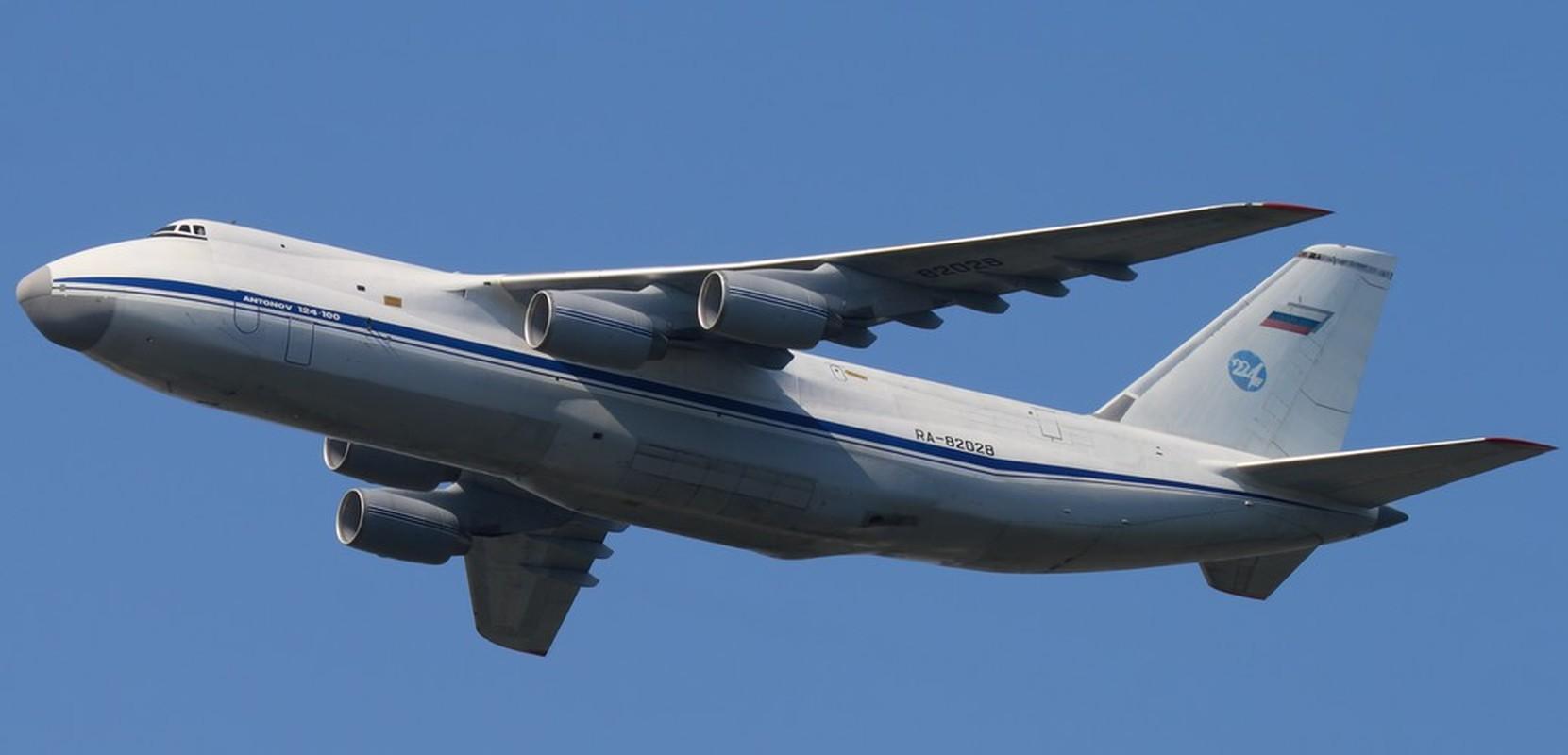 Nga kho khan khi nang cap may bay An-124 do cang thang voi Ukraine-Hinh-7