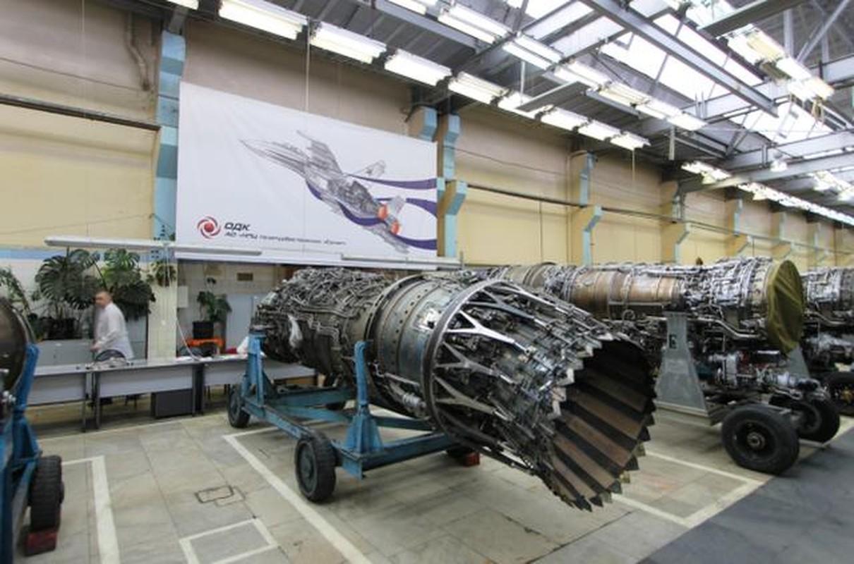 "J-20 cung ten lua PL-15 se ""nghien nat"" F-22, F35 My: Phai chang Trung Quoc dang ""tu suong""?-Hinh-10"
