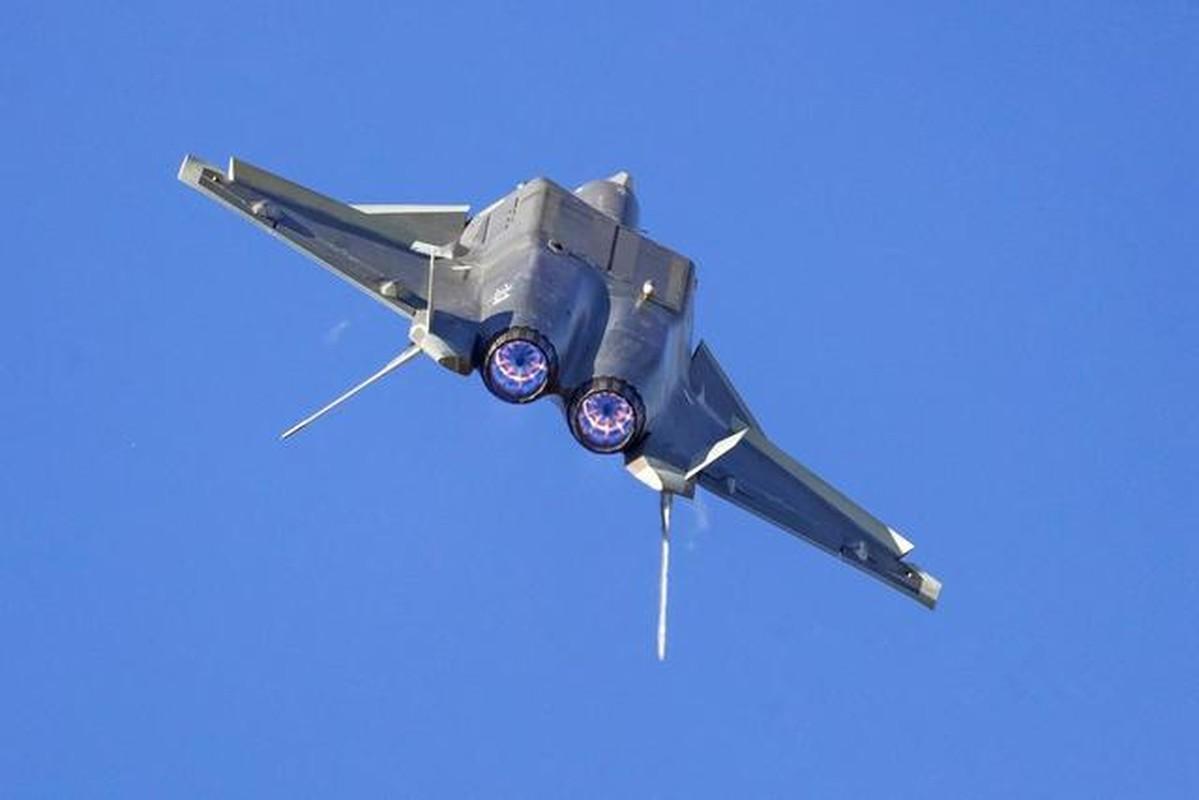 "J-20 cung ten lua PL-15 se ""nghien nat"" F-22, F35 My: Phai chang Trung Quoc dang ""tu suong""?-Hinh-12"