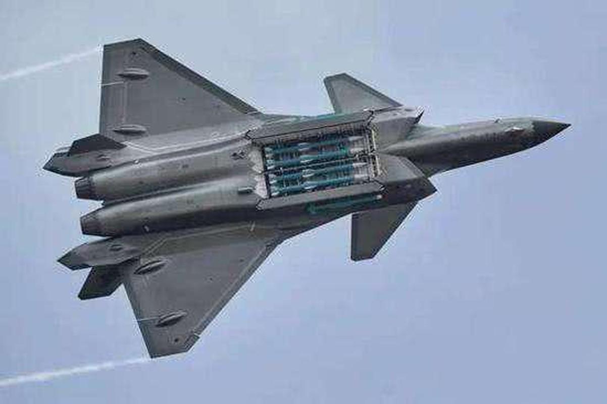 "J-20 cung ten lua PL-15 se ""nghien nat"" F-22, F35 My: Phai chang Trung Quoc dang ""tu suong""?-Hinh-2"