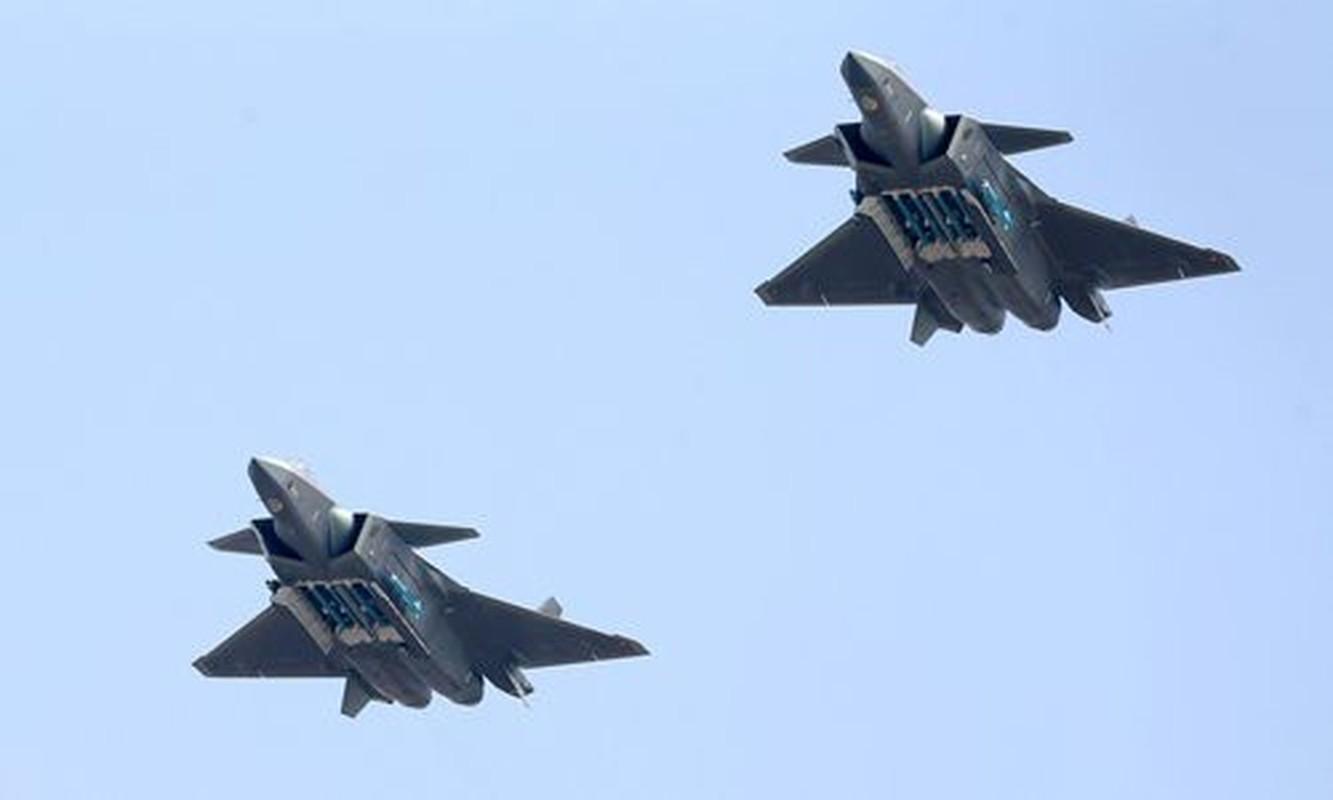 "J-20 cung ten lua PL-15 se ""nghien nat"" F-22, F35 My: Phai chang Trung Quoc dang ""tu suong""?-Hinh-6"