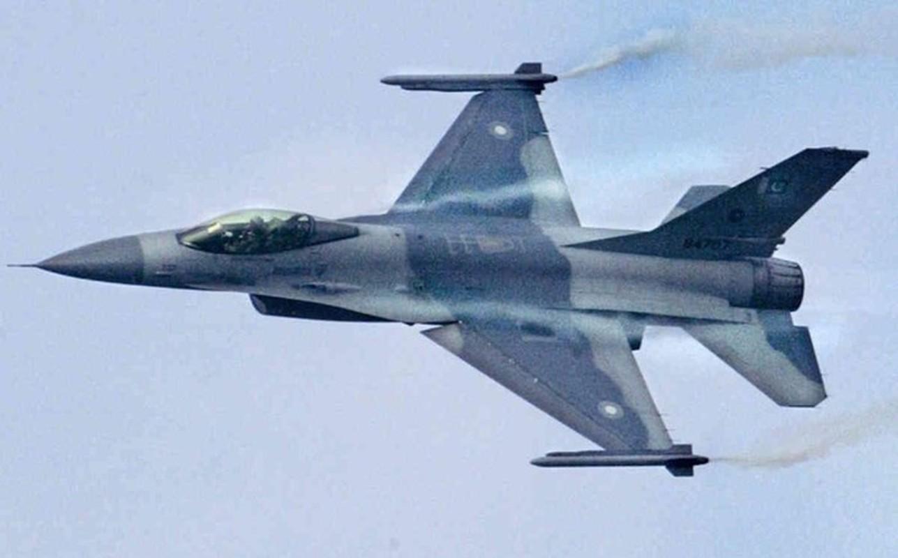Pakistan muon thay F-16 nhung khong dem xia toi J-10C Trung Quoc: Cua re la cua oi?-Hinh-3