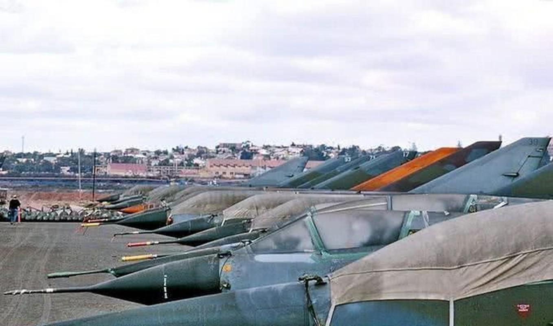 Pakistan muon thay F-16 nhung khong dem xia toi J-10C Trung Quoc: Cua re la cua oi?-Hinh-6
