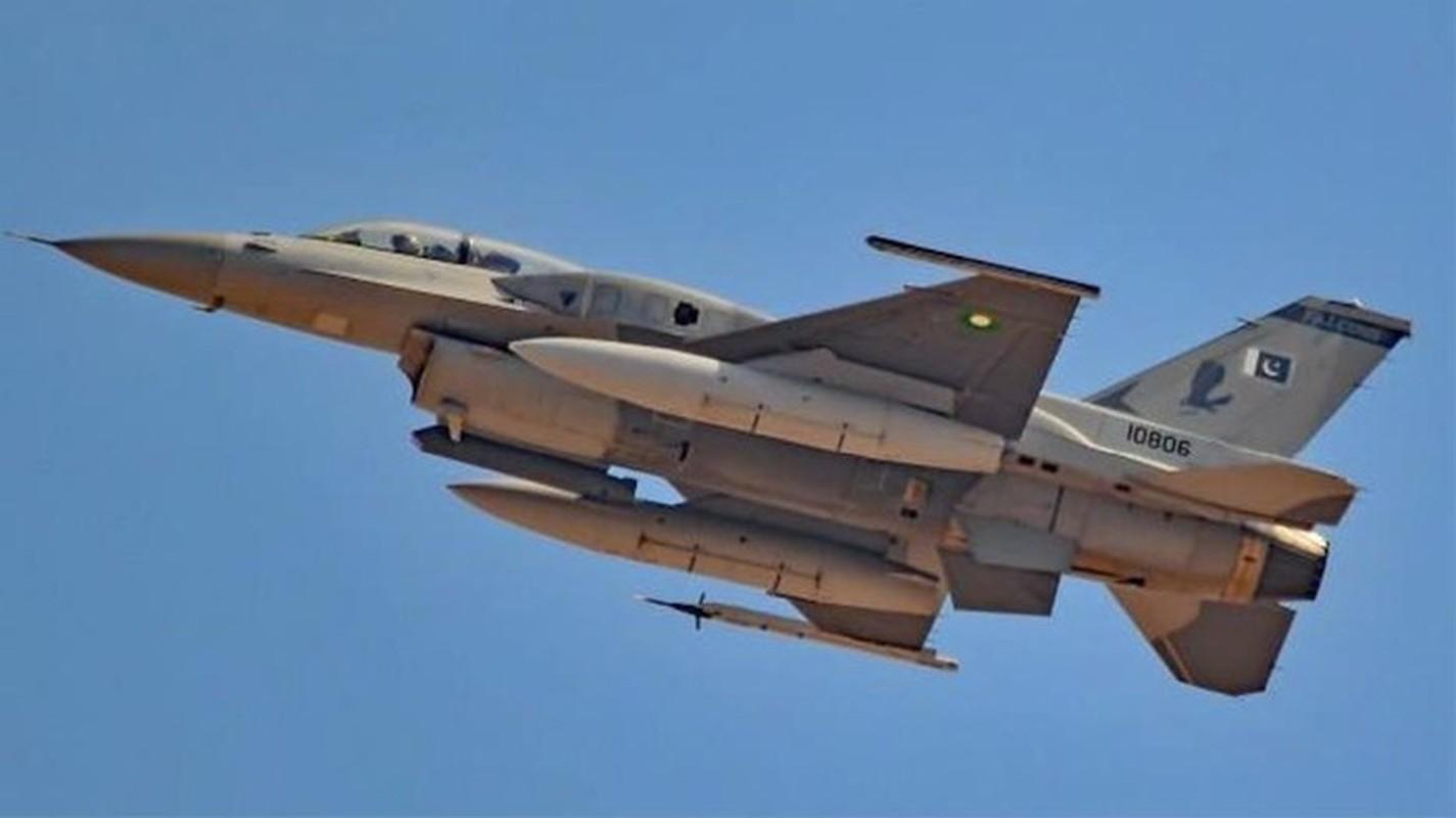 Pakistan muon thay F-16 nhung khong dem xia toi J-10C Trung Quoc: Cua re la cua oi?-Hinh-9