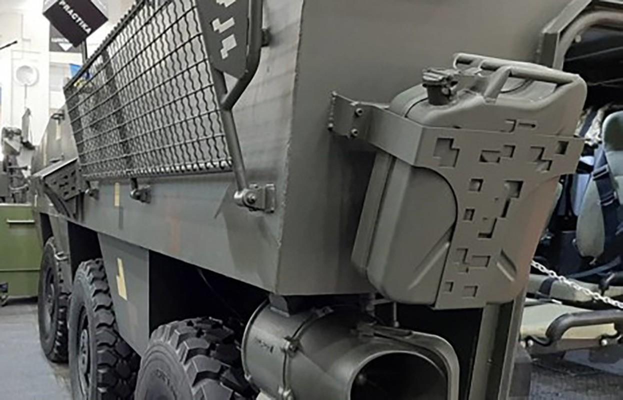 Quay lung hoan toan voi Nga, Ukraine trinh lang xe thiet giap chuan NATO-Hinh-9