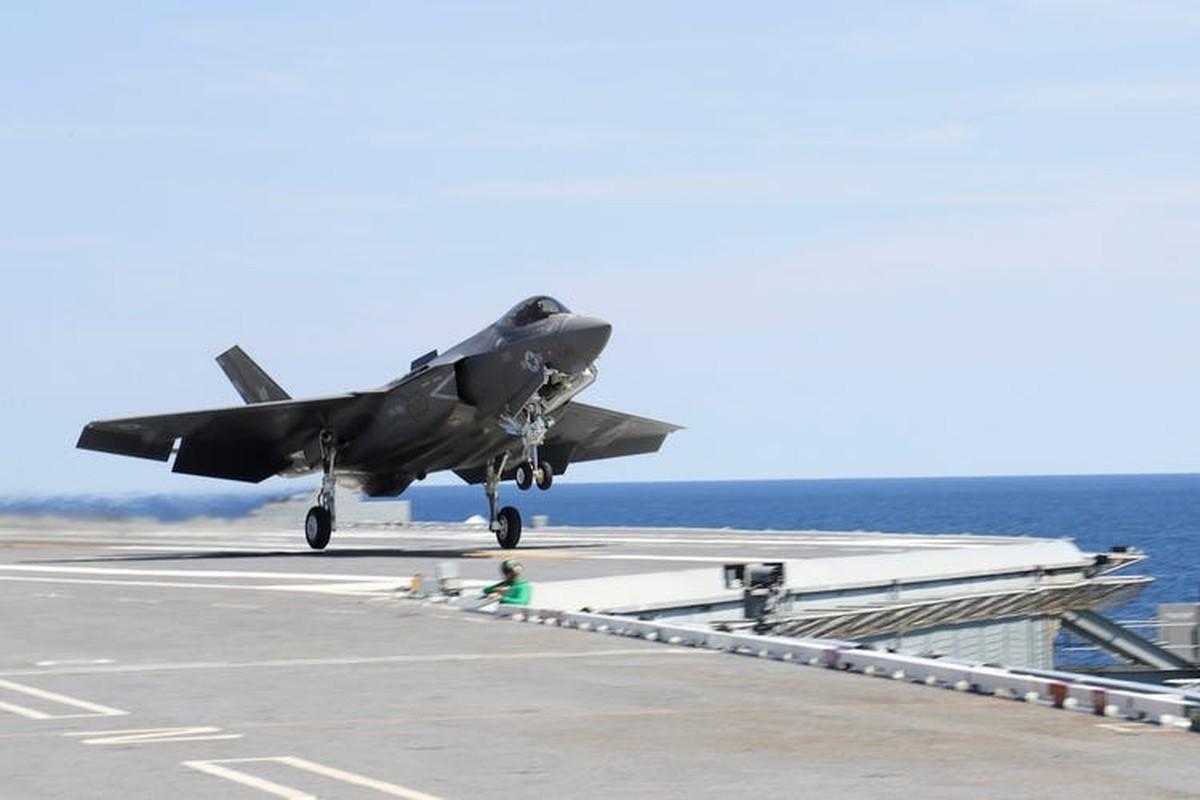 Mu bay gia gan 1 trieu USD/chiec cua phi cong F-35 bi che bai tham te-Hinh-7