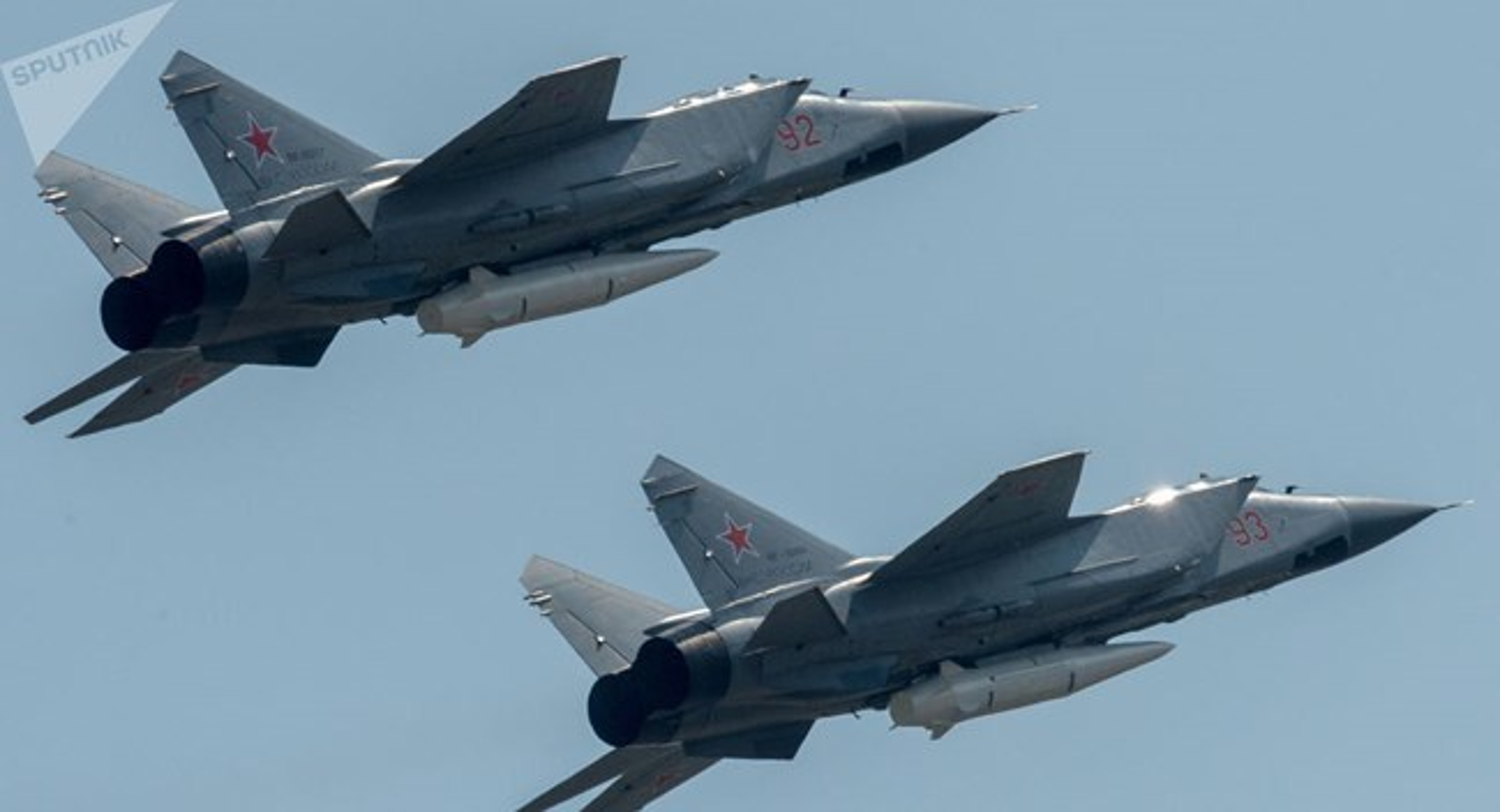 """MiG-31 phong ten lua sieu thanh; Nga nhac nho: """"Tho Nhi Ky khong nen ngao man!""""-Hinh-9"""