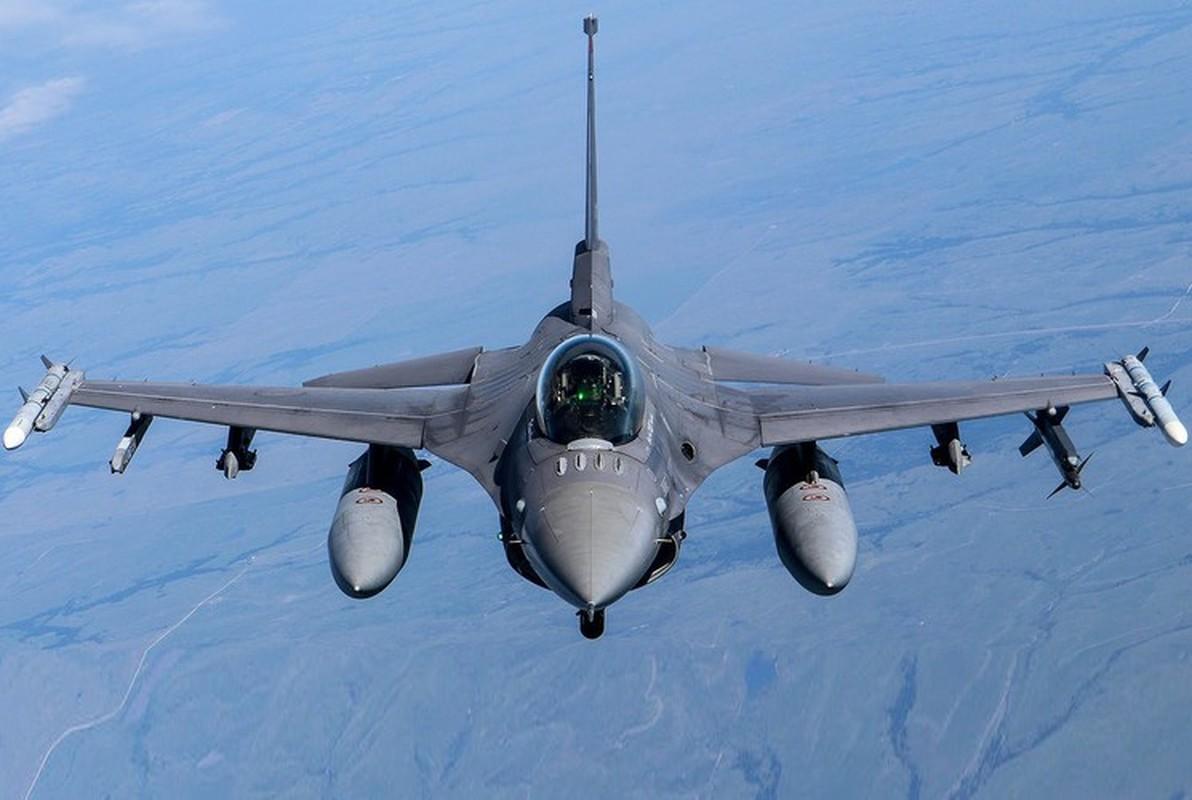 Phi doi F-16V Dai Loan bat ngo tap tran chong lai cuoc tan cong tu Trung Quoc-Hinh-14