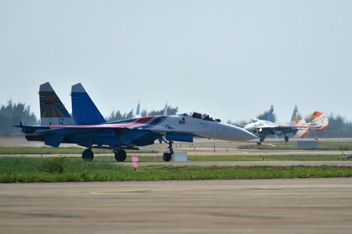 Su-27 Nga roi rat gan vi tri nhom tau chien NATO, chuyen gi da xay ra?-Hinh-8