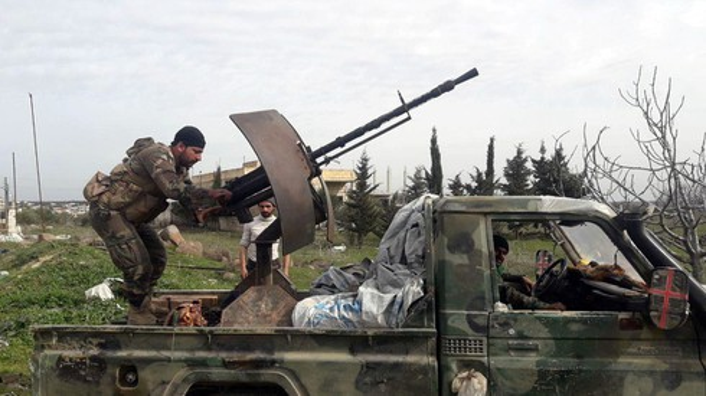 Phien quan khong chiu rut khoi cao toc M4 va the kho cua Tho Nhi Ky o Syria-Hinh-14