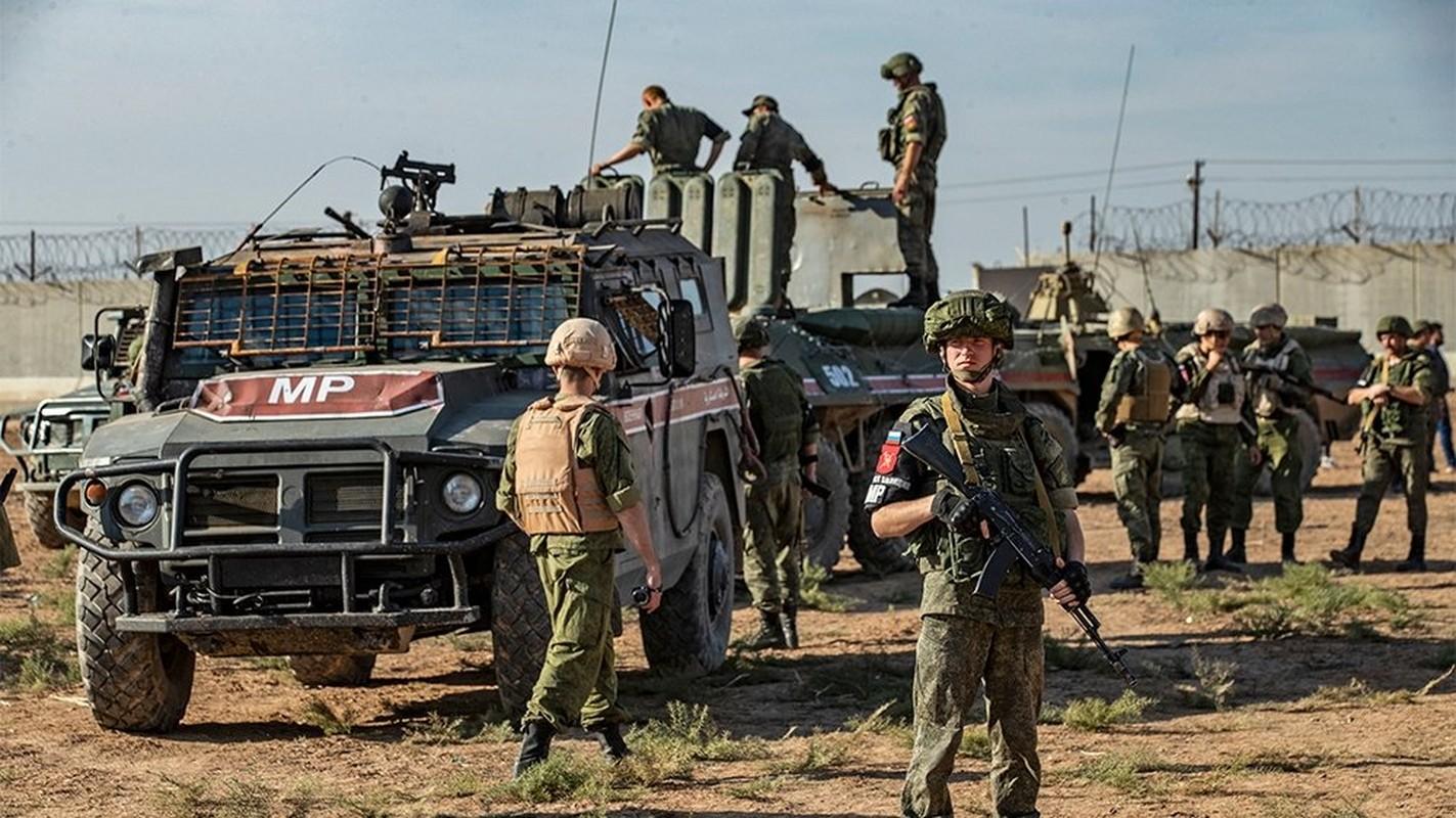 Phien quan khong chiu rut khoi cao toc M4 va the kho cua Tho Nhi Ky o Syria-Hinh-16