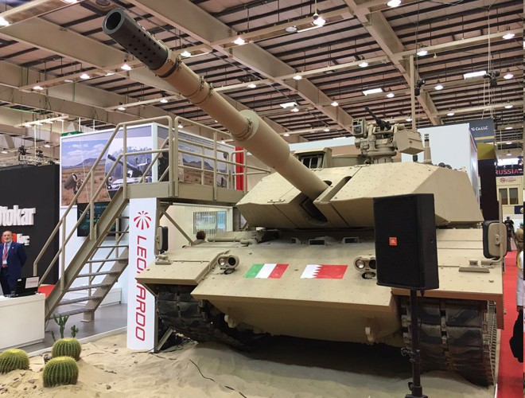 Xe tang cai tien Leonardo M60A cua Italy co the