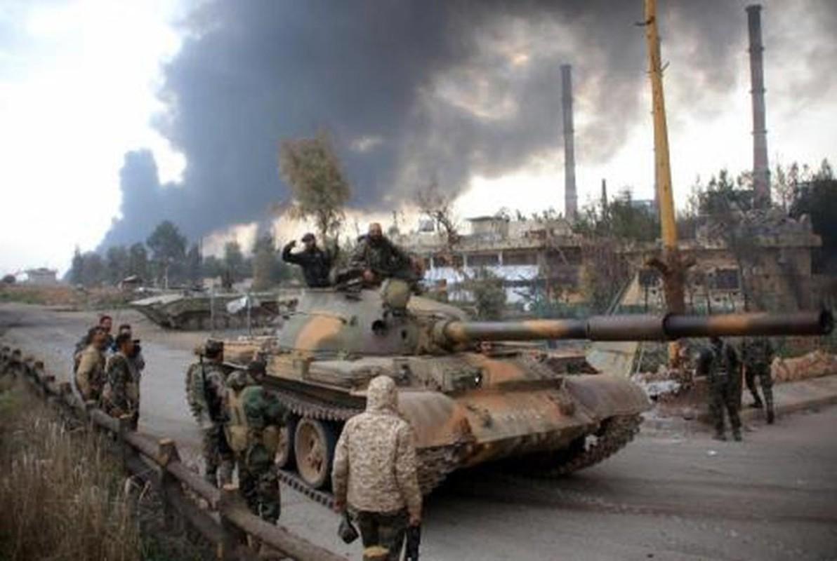 Quan doi Syria mo cuoc tan cong lon doc theo chien tuyen Nam Idlib-Hinh-11