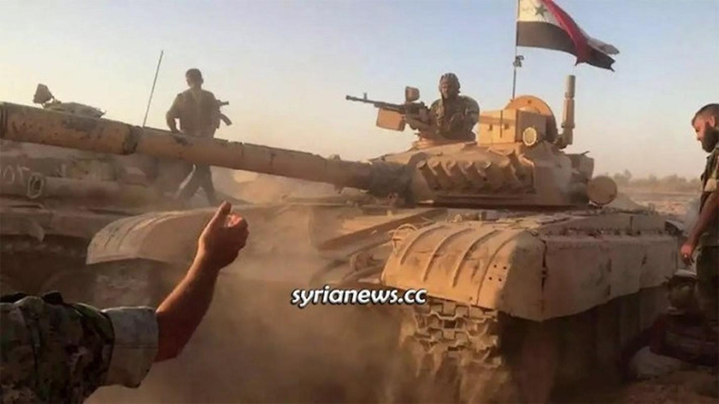 Quan doi Syria mo cuoc tan cong lon doc theo chien tuyen Nam Idlib-Hinh-12