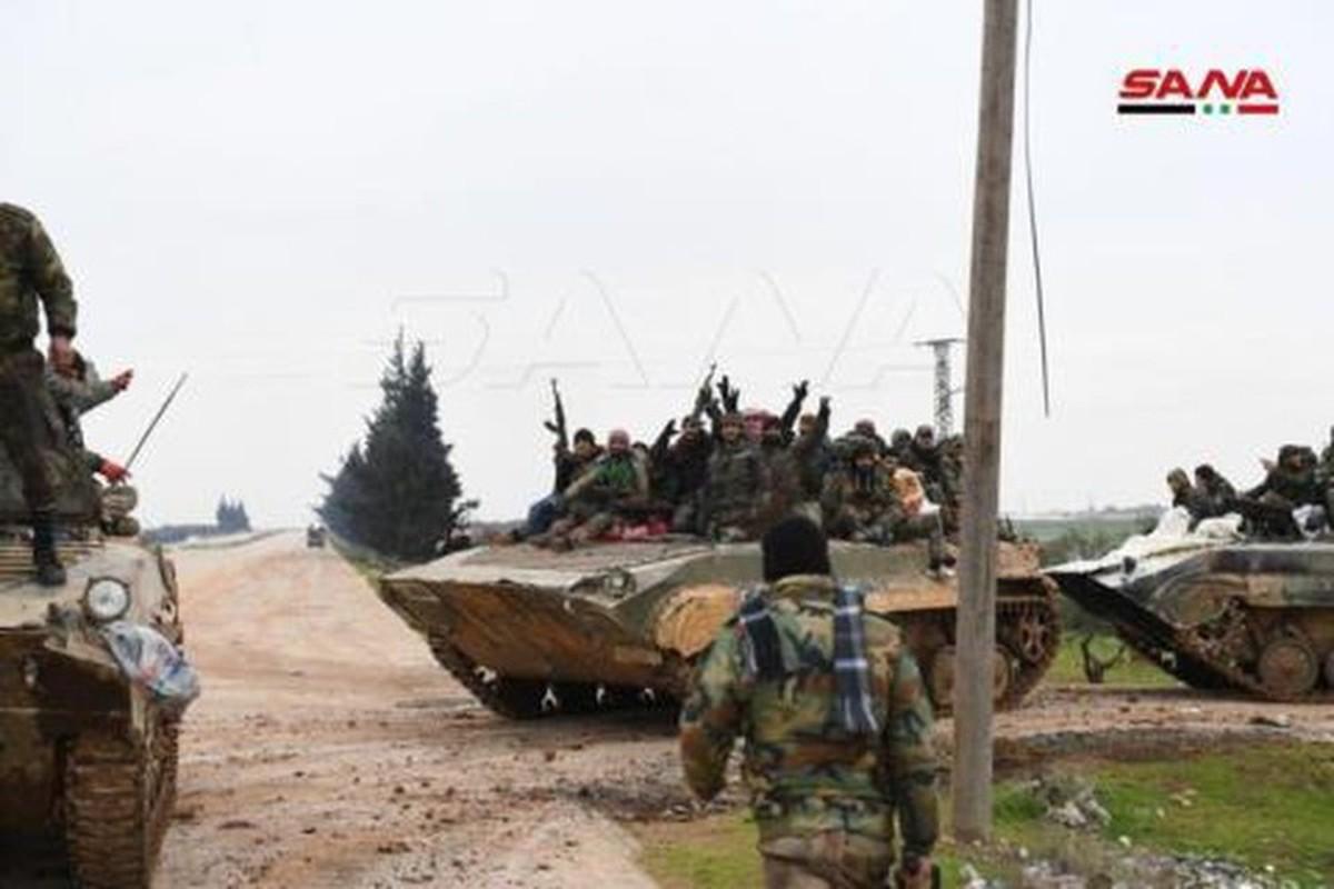 Quan doi Syria mo cuoc tan cong lon doc theo chien tuyen Nam Idlib-Hinh-9
